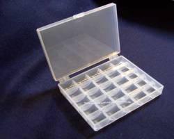 Spulendose für 25 Nähmaschinenspulen oder Bobbins, transparent weiß