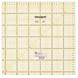 Patchworklineal mit cm-Skala  Quadrat 31,5 x 31,5 cm  (PRYM 611319)